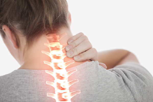 LIMIT 4 BAD HABITS TO PROTECT YOUR NECK VERTEBRAE