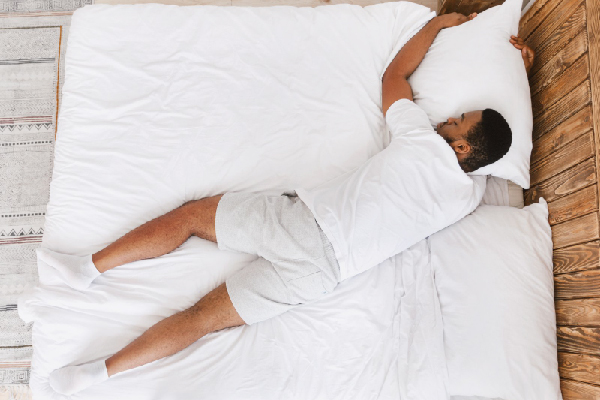 IF YOU LYING ON YOUR STOMACH, WHICH MATTRESS SHOULD YOU CHOOSE?