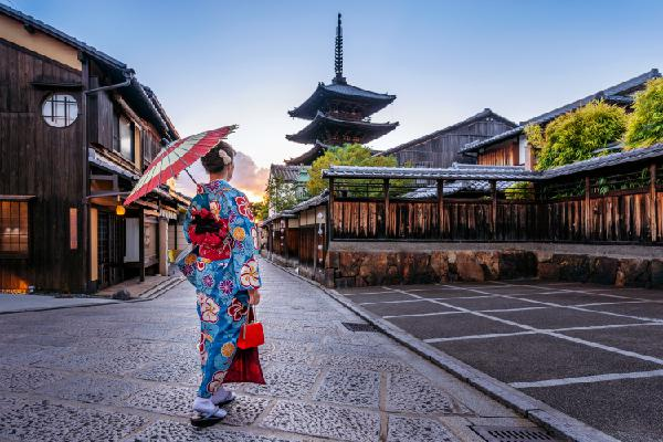 IT'S NOT DIFFICULT TO LIVE A LONG LIFE LIKE THE JAPANESE