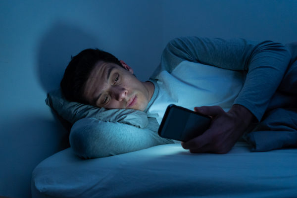 CONTINUOUS STAYING UP LATE LEADS TO THE INFERTILITY IN MEN