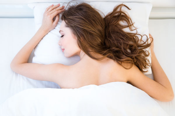 HEALTH BENEFITS OF SLEEPING NAKED