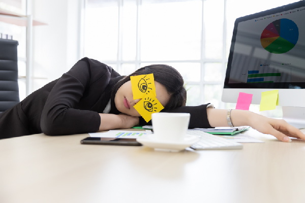 TIPS TO QUICKLY FALL INTO THE POWER NAP FOR THE OFFICE WORKER